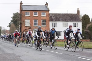 aIMG_9741 Middle of the pack pass Inkberrow for third time