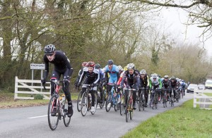 aIMG_9766 Back of the Peleton digs deep starting up Gooms Hill for third time_9766